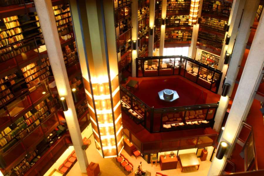 کتابخانه تورنتو