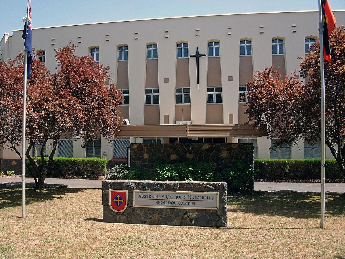 اعلام بورسیه های کارشناسی دانشگاه کاتولیک استرالیا
