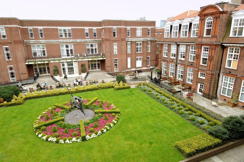 فراخوان بورسیه تحصیلی دانشگاه Regent لندن