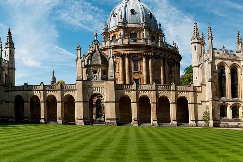 بورسیه تحصیلی رایگان لیسانس دانشگاه آکسفورد انگلستان برای سال ۲۰۱۹-۲۰۱۸