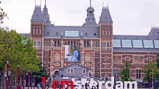 بورسیه تحصیلی دانشگاه آمستردام هلند برای سال تحصیلی ۲۰۱۹-۲۰۲۰