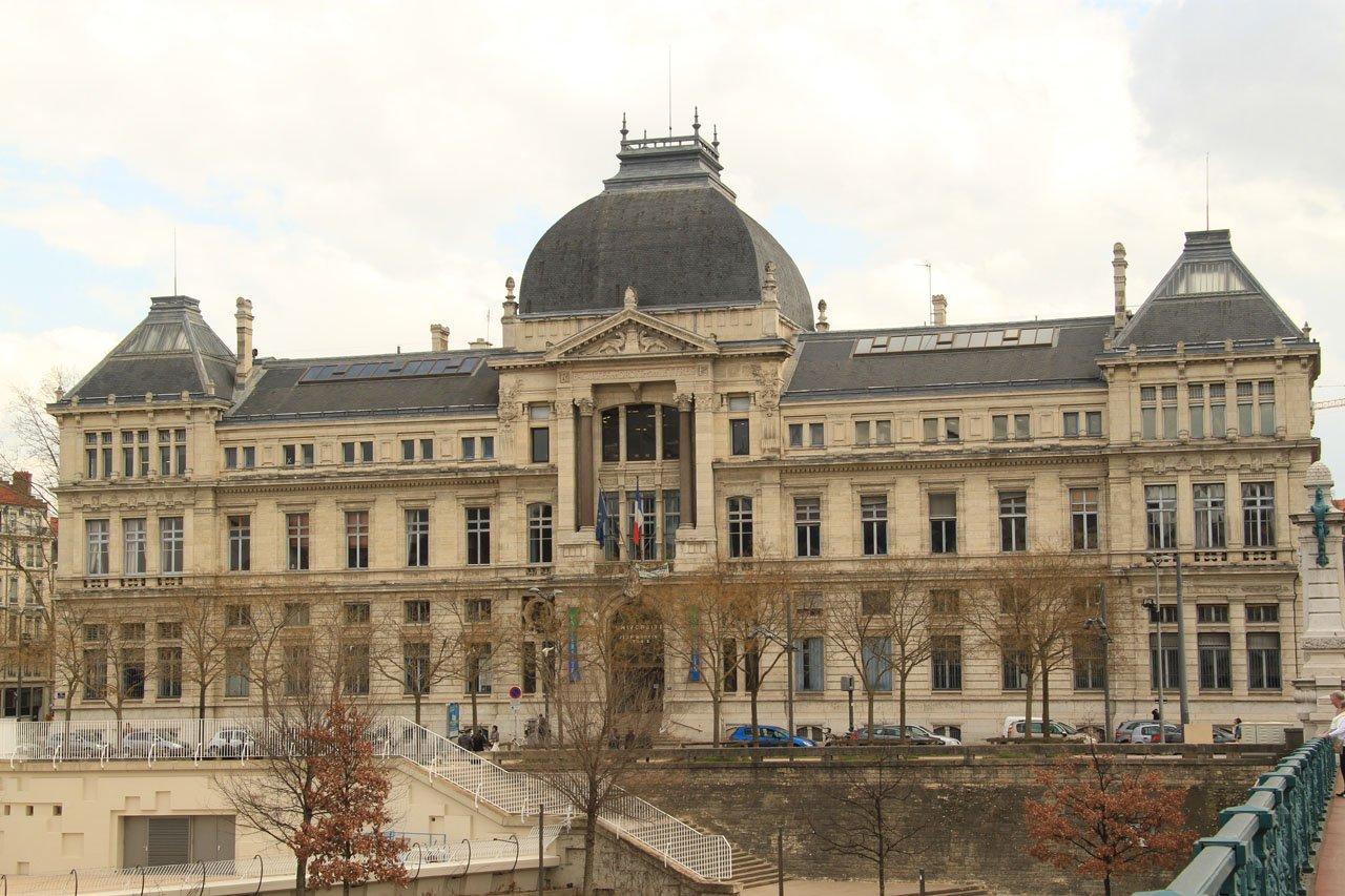 بورسیه تحصیلی دانشگاه لیون فرانسه مقطع ارشد و دکترا