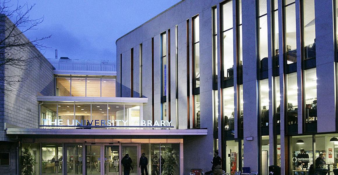 فراخوان بورسیه تحصیلی دانشگاه Portsmouth انگلستان