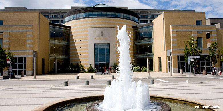 بورسیه تحصیلی دانشگاه یورک کانادا برای سال تحصیلی ۲۰۲۰-۲۰۱۹